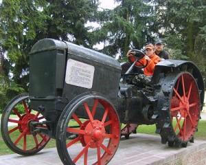 Трактор Капитан в Пинске