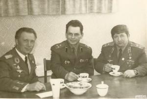 Зигмунд Йен, Василий Краюшин и Виктор Горбатко