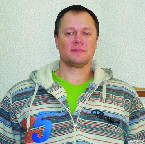 Александр ГАЛАГУТСКИЙ, будучи членом сборной МТЗ по волейболу, помог и своей команде УГТ завоевать «золото».