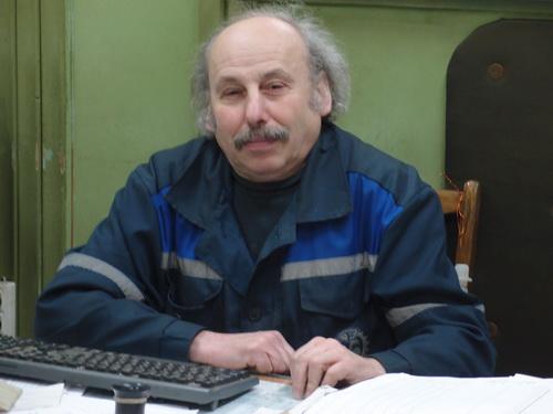 Старший мастер участка Михаил Мирский.