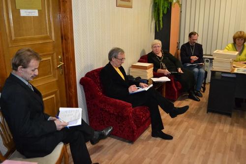 Жюри во время обсуждения