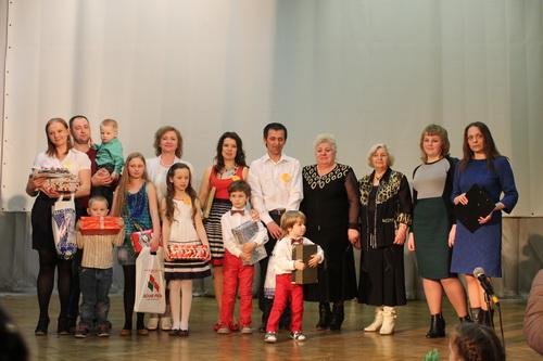 детский сад написать приглашение для родителей на новогодний праздник