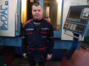Мастер отделения Андрей Макацкий.